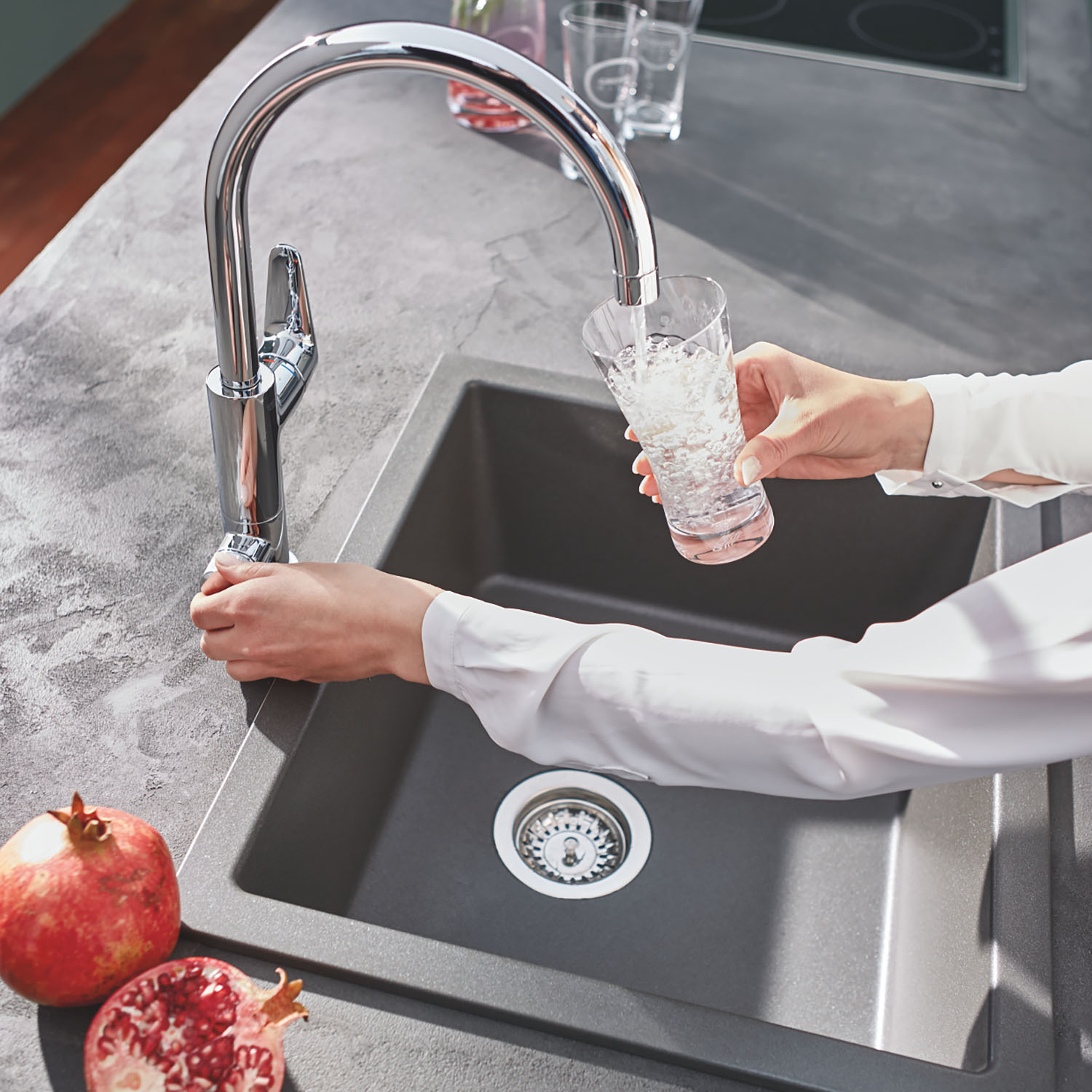 Grohe Blue Pure BauCurve C Spout Swivel 150 Kitchen Mixer Tap Chrome 30385000 lifestyle 4