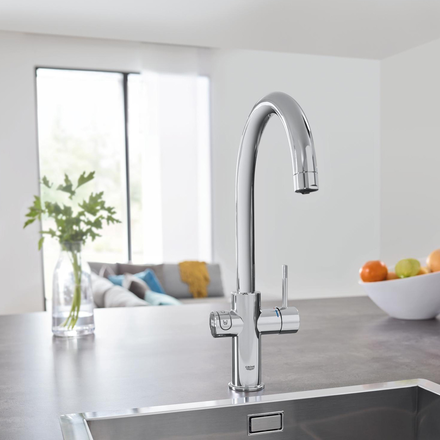 grohe blue home c spout swivel 150 chrome kitchen mixer tap. Black Bedroom Furniture Sets. Home Design Ideas
