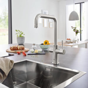Grohe Blue Home U Spout Swivel 150 Chrome Kitchen Mixer Tap.lifestyle2