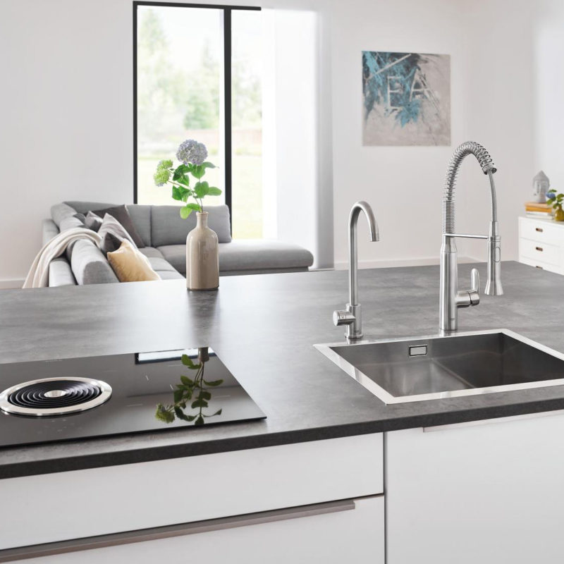 Grohe Blue Home Mono Swivel 150 Chrome Kitchen Mixer Tap.lifestyle1