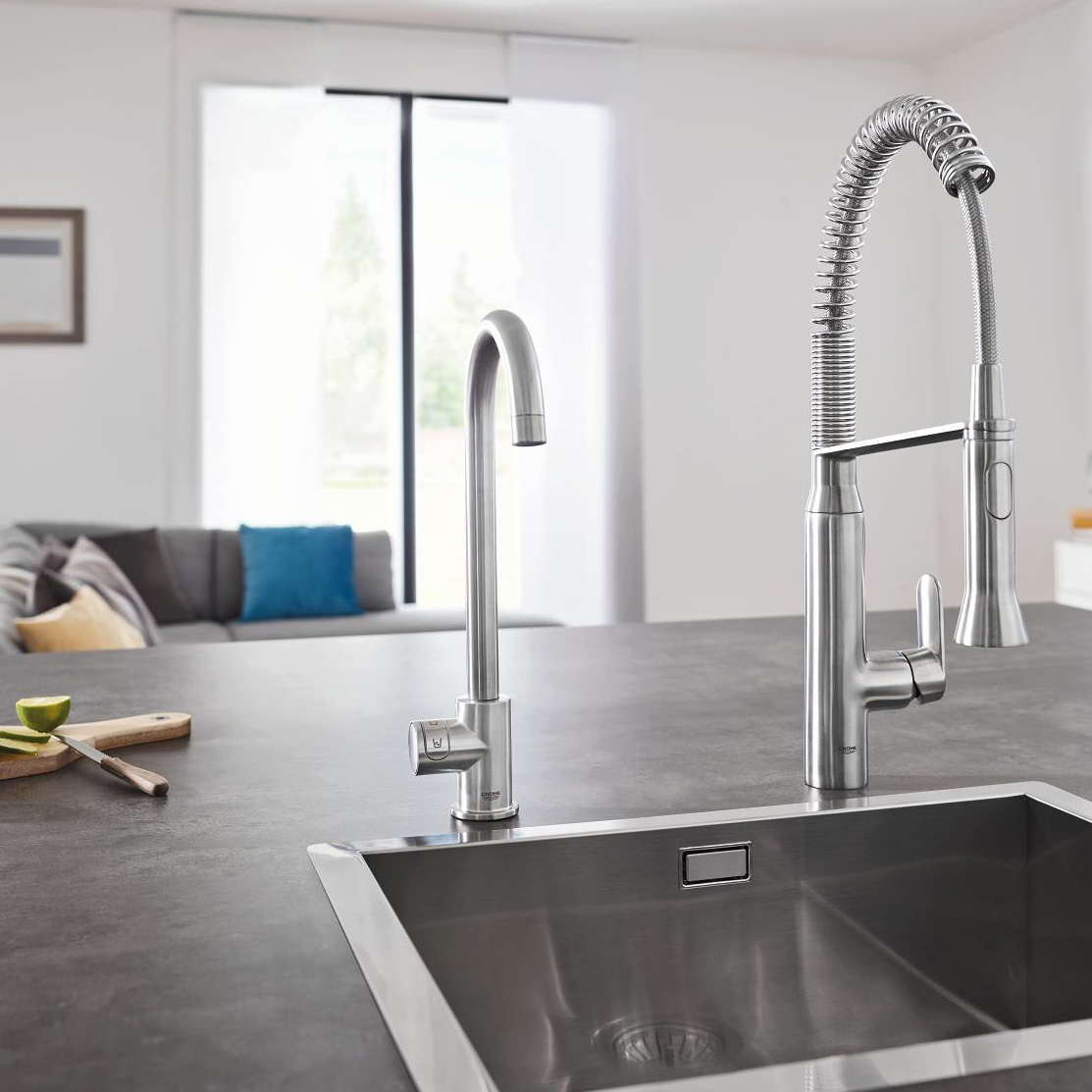 grohe blue home mono swivel 150 chrome kitchen tap. Black Bedroom Furniture Sets. Home Design Ideas