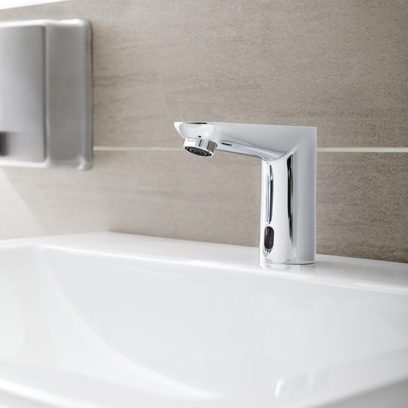 Grohe Euroeco Cosmopolitan E Infrared Electronic Battery Powered Basin Tap Lifestyle